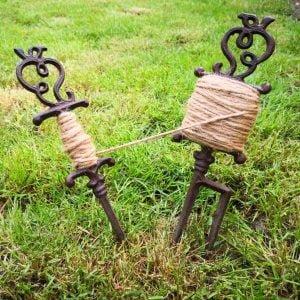 sznur ogrodowy z uchwytami żeliwnymi