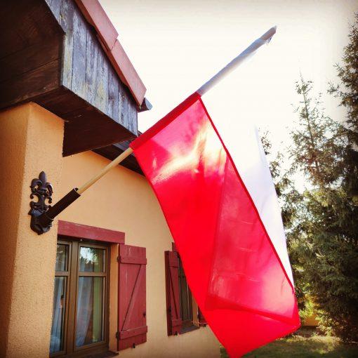żeliwny uchwyt na flagę
