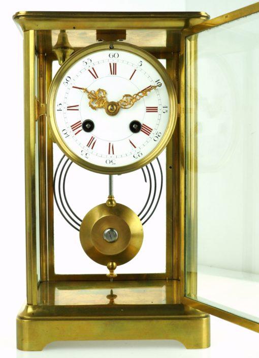 zegar zabytkowy z otwieranymi drzwiami